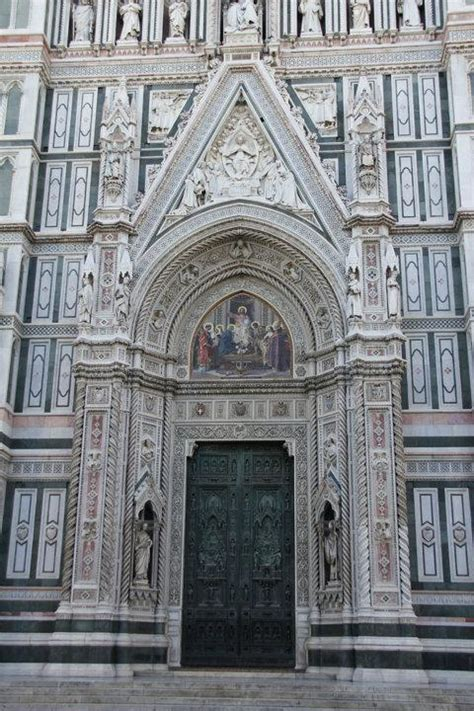 the doors of florence a photographic journey books front door of the florence cathedral just imagine