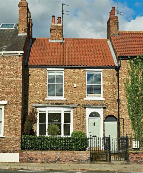 3 bedroom houses for sale in york 3 bedroom town house for sale in monkgate york yo31