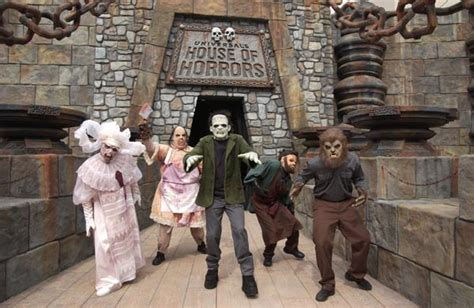 house of horror universal studios opens house of horrors hollywood gothique