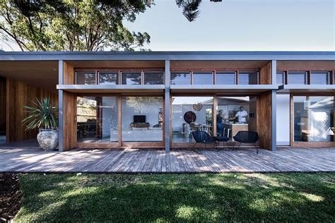 Small House Architects Australia Small 70s Home In Australia Gets Creative Eco Friendly