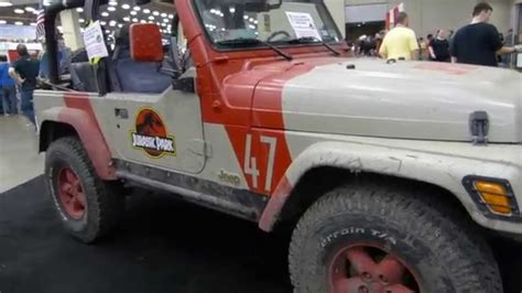 jurassic world jeep the jurassic world jeep wrangler youtube