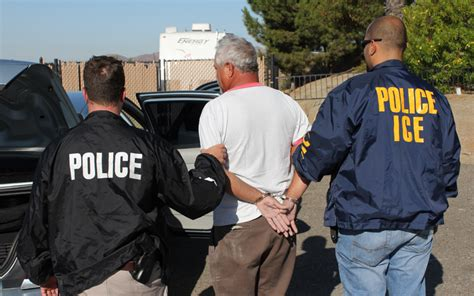 Homeland Security Arrest Records File Xcheckii Arrest Jpg Wikimedia Commons