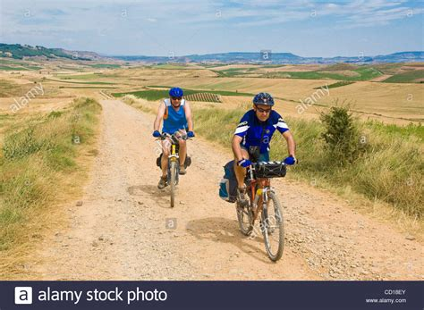 pilgrim s guide to the camino de santiago the camino de santiago pilgrims on the route the way of st