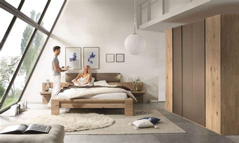schlafzimmer mit holz schlafzimmer set mit bett 180 x 200 cm wildeiche