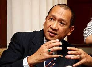 our tourism culture minister urges to stop the nazri urges students abroad to play ambassador role