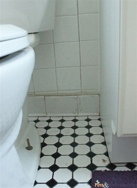 how to clean bathroom tiles with baking soda cleaning bathroom tile 28 images ways cleaning pet