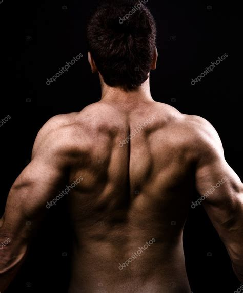 nudo muscular espalda back muscles of big healthy naked man stock photo