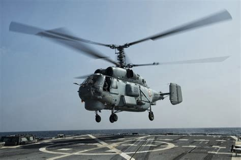 04 U Not Me Navy indian navy kamov ka 28 lands on an us navy warship aa