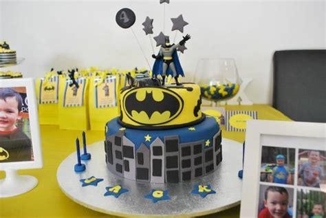 images  batman birthday cakes  pinterest birthdays cakes  batman birthday