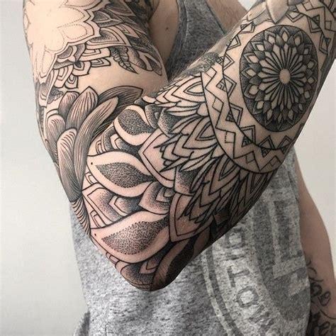 tattoo tribal masculina no braço tatuagens masculinas ideias incr 237 veis para voc 234 777