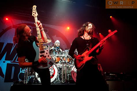 winery dogs photos the winery dogsphotos the winery dogs 10 wire up