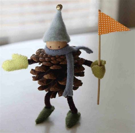 crafts made with pine cones 7 crafts with pine cones and felt petit small