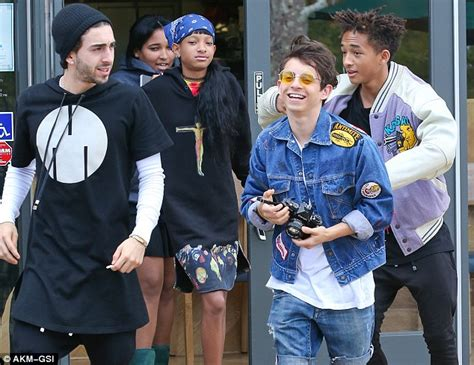 when jaden and willow smith moises and mateo arias came kendall and kylie jenner enjoy sushi lunch with jaden and