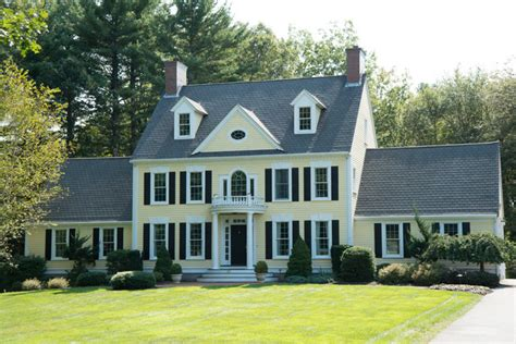 introduction to new england colonial architecture new england colonial traditional exterior boston