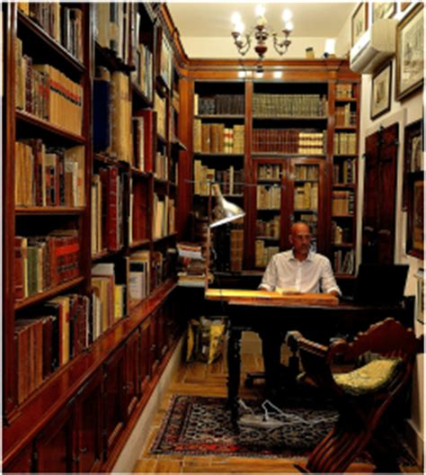 libreria goldoni and antiques og venice italy travel guide