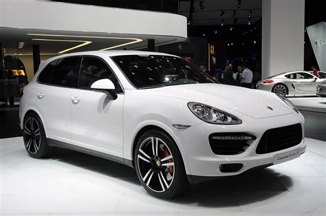 The 2014 Porsche Cayenne Turbo S Brings 50 Extra Ponies To