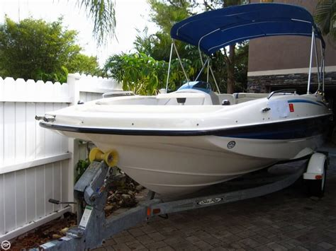 deck boats for sale in florida used 2006 used bayliner 197 deck boat deck boat for sale