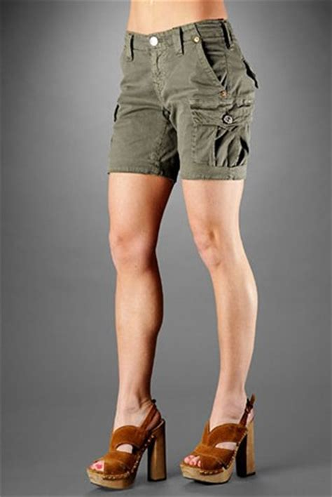s cargo shorts practical uses and how to wear them