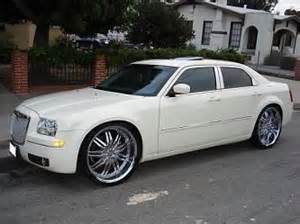 Rims For A Chrysler 300 Chrysler 300 On 24 Inch Rims Find The Classic Rims Of Your