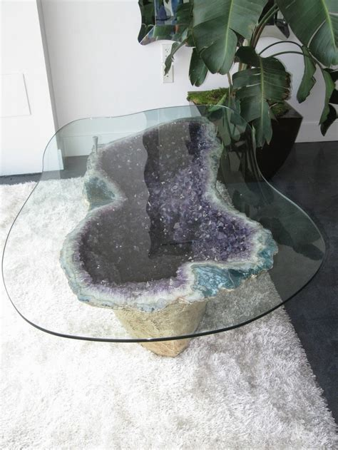 Geode Home Decor by Moon To Moon Decorating With Crystals Amethyst
