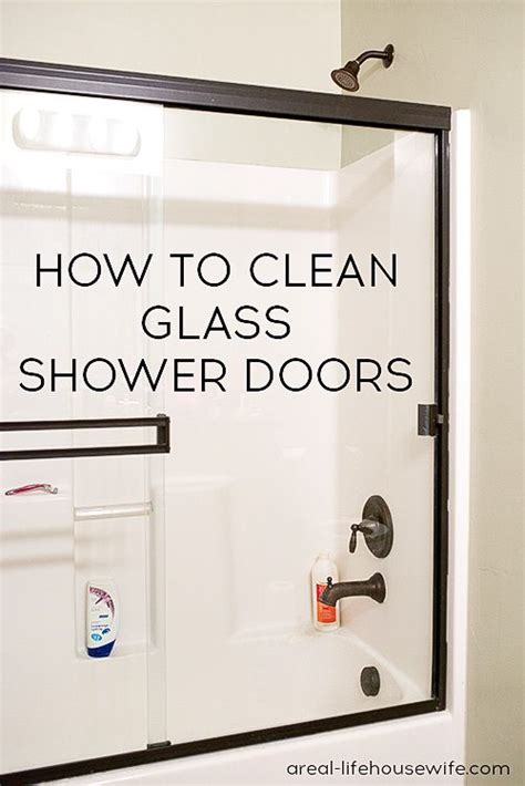 Best Way To Clean Glass Shower Doors by Best 25 Glass Showers Ideas On Glass Shower