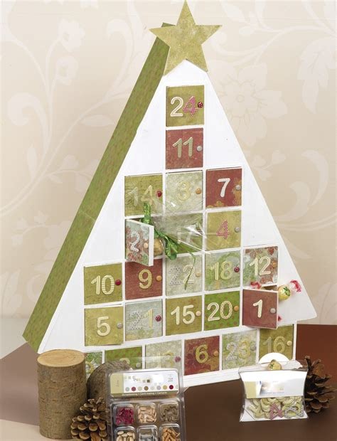 24 door tree shaped advent calendar christmas craft