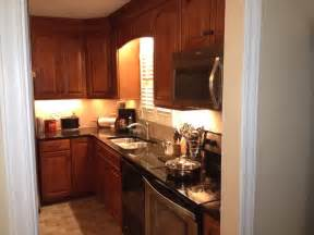 shenandoah cabinetry winchester maple cognac finsh traditional kitchen charlotte by - pinterest discover and save creative ideas