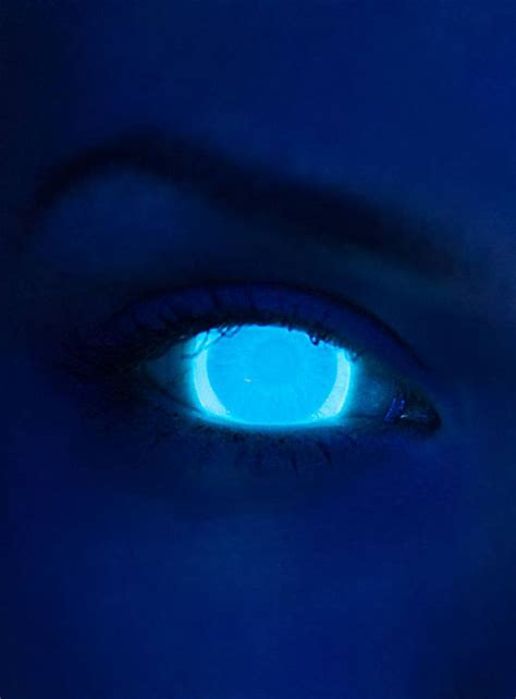 blue light effect on eyes uv light blue contact lenses