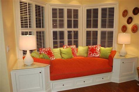 Bay Window Curtains Ideas How To Create Diy Window Seat Cushion Decor Around The World