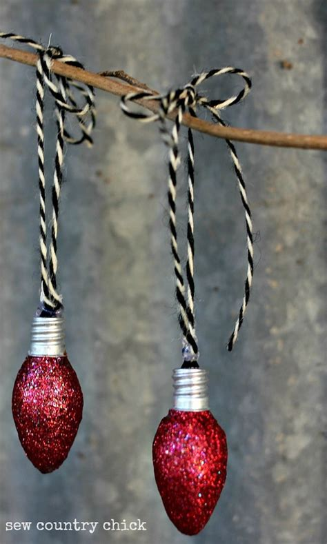 diy light bulb ornaments for christmas beesdiy com