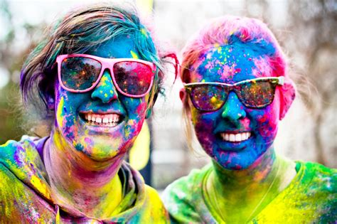 color race a blast of color for your run huffpost
