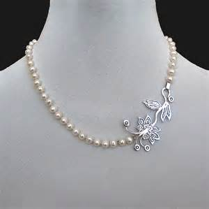 luxury jewelry designers contemporary jewelry designer necklace of pearls