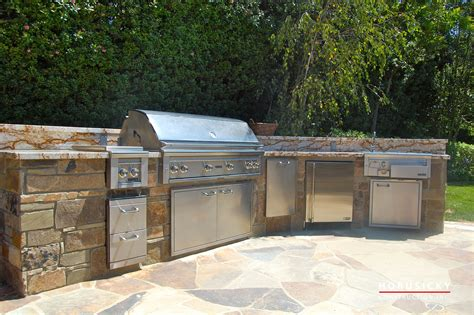 outdoor kitchen against house outdoor kitchens and bbq grills horusicky construction