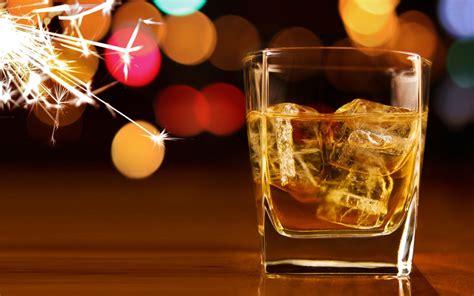 whiskey christmas gift guide potstilled