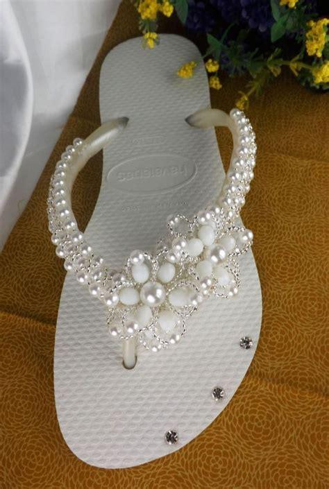 decorar zapatos con perlas como decorar unas sandalias con perlas blancas y otros