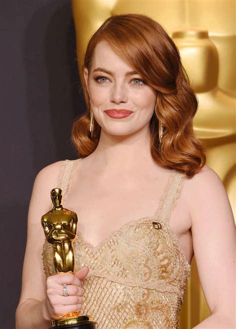emma stone oscar movie emma stone wins best actress at the 2017 oscars
