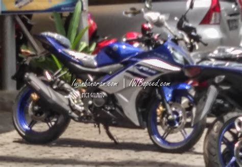 yzf r15 new version 2016 more images of 2016 yamaha r15 for indonesia spied