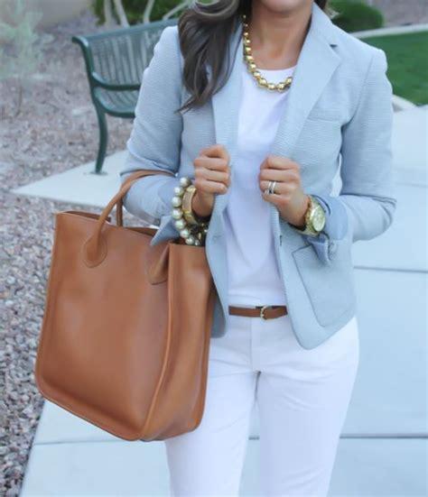 Comment porter les couleurs pastels ?   Bien habillée