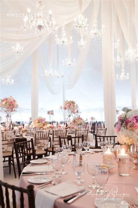 Jaw Dropping Gorgeous Wedding Flower Ideas   Receptions