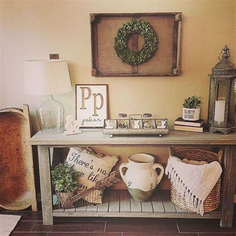 decorating sofa table 25 best ideas about side table decor on pinterest hall