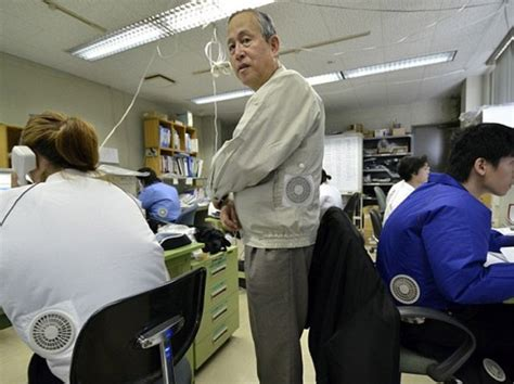 Air Conditioned Clothing Cool And Lame At The Same Time by Japanese Invent A Jacket With Air Conditioner