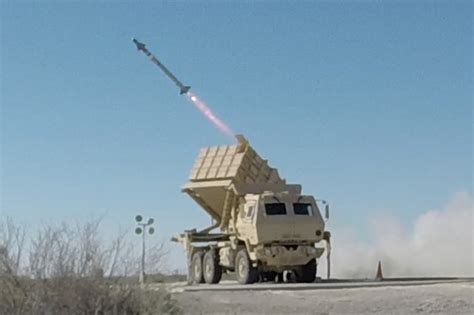 Pajangan Miniature Europe Army Small Size U S Army Successfully Fires Aim 9x Missile From New