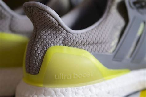 Menarik Adidas Ultra Boost 2 0 Maroon Premium Original Sepatu Adidas adidas ultra boost glow in the sneaker bar detroit