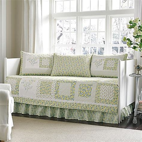 daybed comforter sets 174 elyse daybed bedding set www bedbathandbeyond
