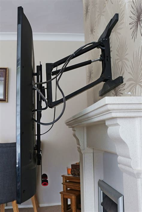 Tv Mount Above Fireplace Mantel by Mounting Tv Above Fireplace Mantel Tranquilmount Tv
