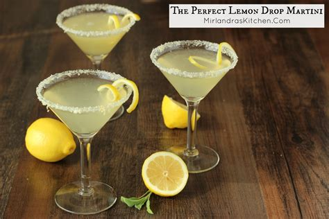 lemon drop martinis the perfect lemon drop mirlandra s kitchen