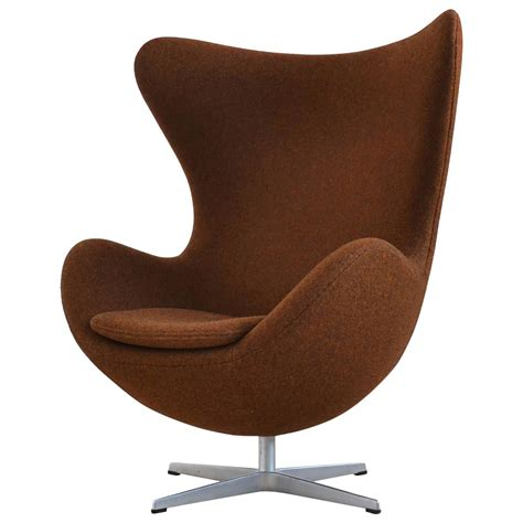 Egg Chair For Sale by Arne Jacobsen Egg Chair By Fritz Hansen In Divina Melange