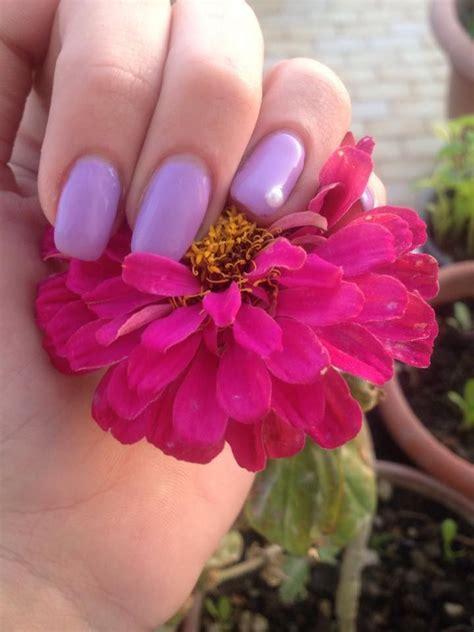 unghie con i fiori oltre 1000 idee su unghie con fiori su gel per