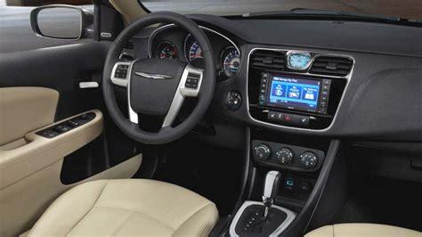 Chrysler 200 2014 Interior by 2014 Chrysler 200 Green Bay Wi New Chrysler Luxury Mid