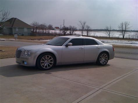 2006 chrysler 300 custom srt8 300 2006 chrysler 300 specs photos modification